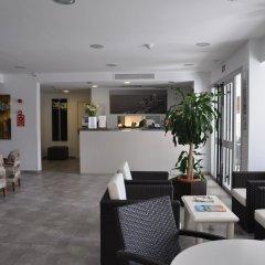 Отель Hostal Gami интерьер отеля фото 2