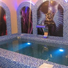 Гостиница ИжОтель бассейн