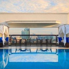 Отель Renaissance Riverside Hotel Saigon Вьетнам, Хошимин - отзывы, цены и фото номеров - забронировать отель Renaissance Riverside Hotel Saigon онлайн бассейн