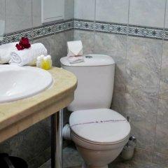 Отель Karolina complex ванная фото 3