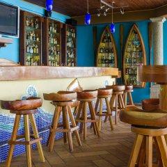 Paraiso Rainforest and Beach Hotel гостиничный бар