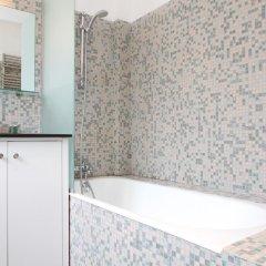 Отель Private Apartment Coeur De Paris St Germain Des Pres 105 Франция, Париж - отзывы, цены и фото номеров - забронировать отель Private Apartment Coeur De Paris St Germain Des Pres 105 онлайн ванная