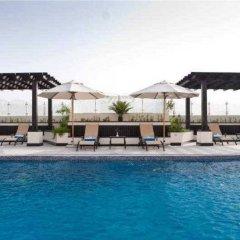 Отель Al Nawras Hotel Apartments ОАЭ, Дубай - 2 отзыва об отеле, цены и фото номеров - забронировать отель Al Nawras Hotel Apartments онлайн бассейн фото 2