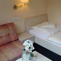 Отель Lilienhof Германия, Гамбург - 6 отзывов об отеле, цены и фото номеров - забронировать отель Lilienhof онлайн комната для гостей фото 2