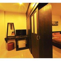 Отель The Bedroom Kata Beach удобства в номере