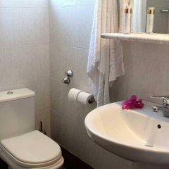 Отель Rodian Gallery Hotel Apartments Греция, Родос - 1 отзыв об отеле, цены и фото номеров - забронировать отель Rodian Gallery Hotel Apartments онлайн ванная