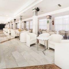 Отель Globales Palmanova Palace гостиничный бар