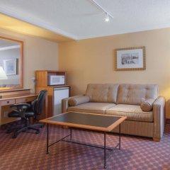 Отель Howard Johnson Hotel by Wyndham Vancouver Downtown Канада, Ванкувер - отзывы, цены и фото номеров - забронировать отель Howard Johnson Hotel by Wyndham Vancouver Downtown онлайн комната для гостей фото 3