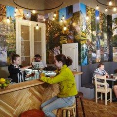 Отель HoBar - the hostel bar Венгрия, Будапешт - отзывы, цены и фото номеров - забронировать отель HoBar - the hostel bar онлайн питание
