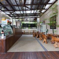 Отель ZEN Rooms Off Jalan Pudu @Hotel Paloma Inn Малайзия, Куала-Лумпур - отзывы, цены и фото номеров - забронировать отель ZEN Rooms Off Jalan Pudu @Hotel Paloma Inn онлайн питание