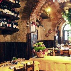 Отель Locanda dello Spuntino Италия, Гроттаферрата - отзывы, цены и фото номеров - забронировать отель Locanda dello Spuntino онлайн питание