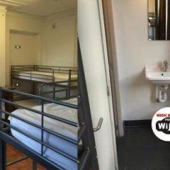 Отель 2GO4 Quality Hostel Brussels City Center Бельгия, Брюссель - отзывы, цены и фото номеров - забронировать отель 2GO4 Quality Hostel Brussels City Center онлайн ванная