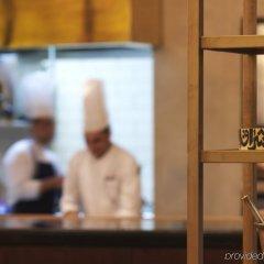 Отель Four Seasons Hotel Amman Иордания, Амман - отзывы, цены и фото номеров - забронировать отель Four Seasons Hotel Amman онлайн гостиничный бар