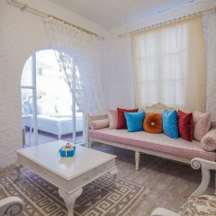Отель Alacati Alanur Otel Чешме комната для гостей фото 3