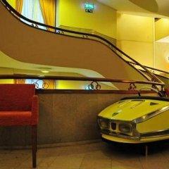 Отель Pão de Açúcar – Vintage Bumper Car Hotel Португалия, Порту - 1 отзыв об отеле, цены и фото номеров - забронировать отель Pão de Açúcar – Vintage Bumper Car Hotel онлайн удобства в номере фото 2