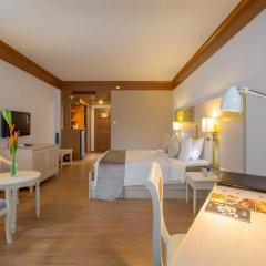 Отель Best Western Premier Bangtao Beach Resort & Spa комната для гостей фото 3