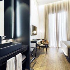 Отель One Shot Mercat 09 комната для гостей