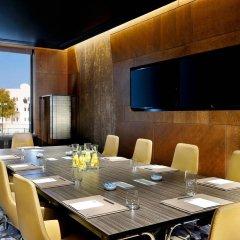 Отель W Muscat Оман, Маскат - отзывы, цены и фото номеров - забронировать отель W Muscat онлайн помещение для мероприятий