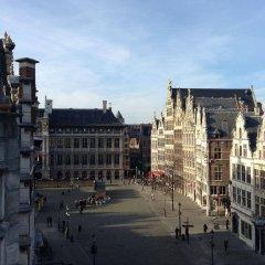 Отель t Stadhuys Grote Markt Бельгия, Антверпен - отзывы, цены и фото номеров - забронировать отель t Stadhuys Grote Markt онлайн балкон