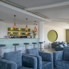 Отель Caloura Hotel Resort Португалия, Агуа-де-Пау - 3 отзыва об отеле, цены и фото номеров - забронировать отель Caloura Hotel Resort онлайн гостиничный бар