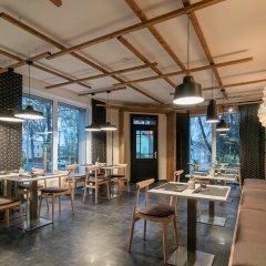 Отель Pytloun Design Hotel Чехия, Либерец - отзывы, цены и фото номеров - забронировать отель Pytloun Design Hotel онлайн гостиничный бар