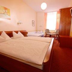 Отель PrivatHotel Probst Германия, Нюрнберг - отзывы, цены и фото номеров - забронировать отель PrivatHotel Probst онлайн комната для гостей фото 3