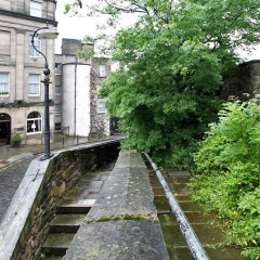 Отель Calton Hill Idyllic Cottage Feel Next 2 Princes St Эдинбург