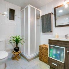 Отель Apartamento Vivalidays Eva Испания, Бланес - отзывы, цены и фото номеров - забронировать отель Apartamento Vivalidays Eva онлайн ванная
