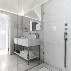 Отель Blow Up Hall 50 50 ванная фото 2