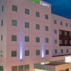 Отель Holiday Inn Express Guadalajara Iteso с домашними животными