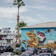 Отель The Downtowner США, Лас-Вегас - 1 отзыв об отеле, цены и фото номеров - забронировать отель The Downtowner онлайн парковка