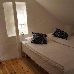 Отель Slussen Bed And Breakfast Эребру комната для гостей фото 4