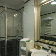 Oriente Hotel Бари ванная