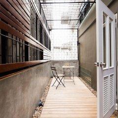 D Hostel Bangkok Бангкок балкон