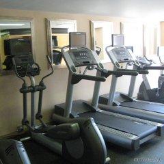 Отель Skyline Hotel США, Нью-Йорк - отзывы, цены и фото номеров - забронировать отель Skyline Hotel онлайн фитнесс-зал