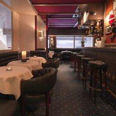 Hotel Dolder Waldhaus гостиничный бар