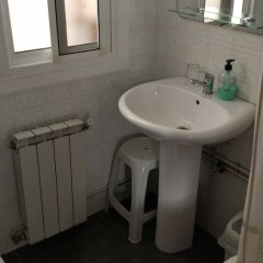 Отель Hostal Residencia Pasaje Новельда ванная