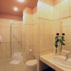 Отель Atlantic Hotel Чехия, Прага - 11 отзывов об отеле, цены и фото номеров - забронировать отель Atlantic Hotel онлайн ванная фото 2