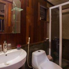 Отель Monkey Island Cruise ванная