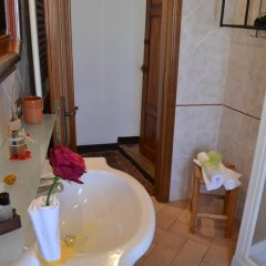 Отель B&B Le Undici Lune Италия, Сан-Джиминьяно - отзывы, цены и фото номеров - забронировать отель B&B Le Undici Lune онлайн ванная фото 2