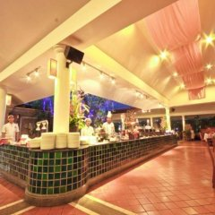 Отель Phuket Orchid Resort and Spa гостиничный бар