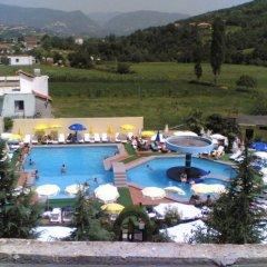 Riza Hotel Restorant Тирана бассейн
