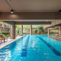 Отель The Tepp Serviced Apartment Таиланд, Бангкок - отзывы, цены и фото номеров - забронировать отель The Tepp Serviced Apartment онлайн бассейн