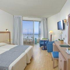 Отель The Golden Coast Beach Протарас комната для гостей