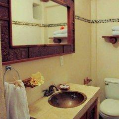 Отель Villas Las Azucenas Мексика, Сиуатанехо - отзывы, цены и фото номеров - забронировать отель Villas Las Azucenas онлайн ванная фото 2