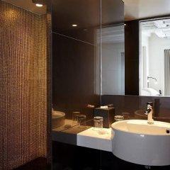 Отель Hôtel Opéra Richepanse 4* Люкс с различными типами кроватей фото 19
