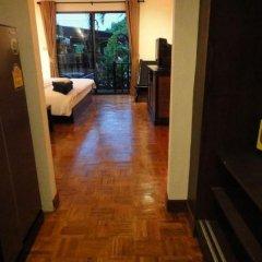 Отель Cocco Resort сейф в номере