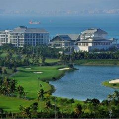 Отель Mingshen Golf & Bay Resort Sanya спортивное сооружение