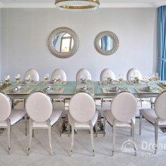 Отель Dream Inn Dubai-Luxury Palm Beach Villa