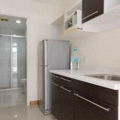 Апартаменты Comfy King Studio Бангкок в номере фото 2